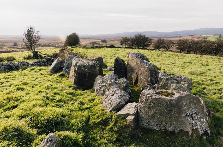 ballybriest-tomb-complex-in-northern-ireland-entered-by-the-quarto-sisters-photo-by-sarah-pannasch